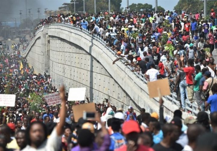 Il movimento per la democrazia ad Haiti cresce nonostante la violenza omicida della polizia