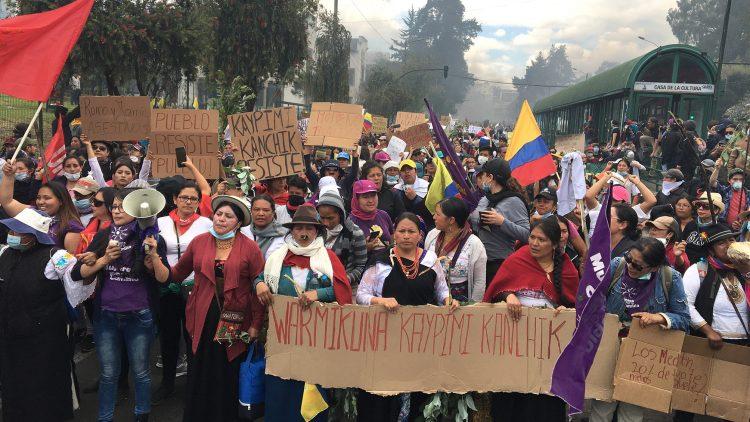 Marcha de las Mujeres hoy en Quito