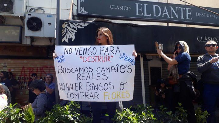 A Cristián Warnken respecto de la violencia de los últimos días en Santiago de Chile