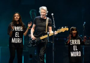 Roger Waters : Us + Them, « La résistance à la déshumanisation »