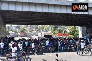 Haití se moviliza contra el Gobierno y en homenaje a su héroe nacional