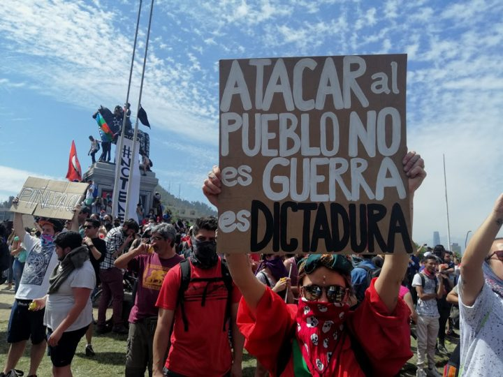 Χιλή: εικόνες από τη χτεσινή μεγαλειώδη κινητοποίηση στο Σαντιάγο