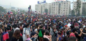 Venerdì 8 novembre, enorme manifestazione a Santiago del Cile