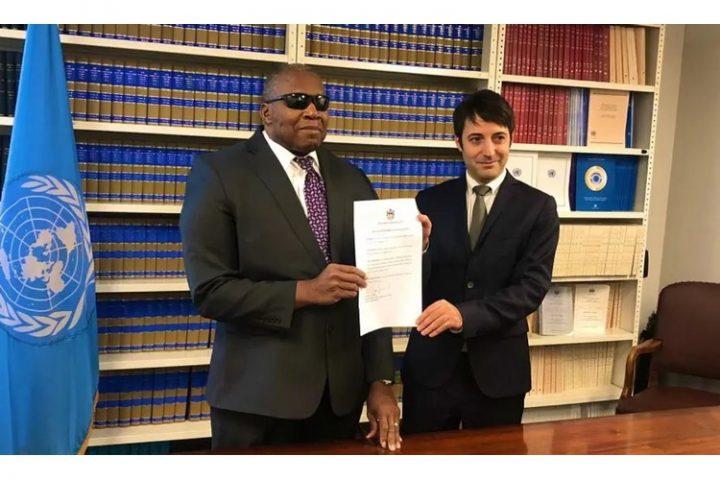 Antigua-et-Barbuda a ratifié. Seules 16 ratifications supplémentaires sont nécessaires pour l'entrée en vigueur du Traité sur l'interdiction des armes nucléaires