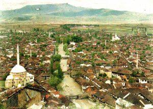 Paesaggi balcanici: Prizren, la «città d'arte» del Kosovo, un ponte che guarda al futuro