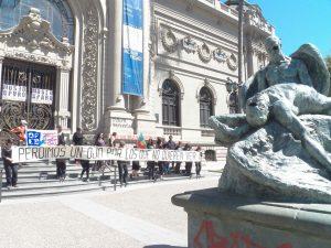 Artistas se manifiestan por personas ciegas por represión policial chilena