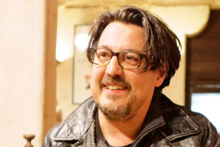Entrevista con David Dufresne. Historias de represión en torno a los chalecos amarillos
