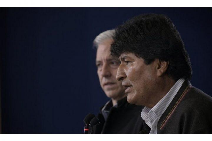 Μπροστά στην παραίτηση του Προέδρου Έβο Μοράλες και το πραξικόπημα στη Βολιβία