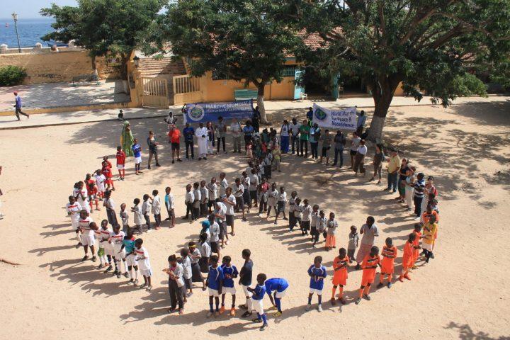 Sénégal: l'ile de Gorée et la ville de Pikine-Est accueillent la Marche Mondiale