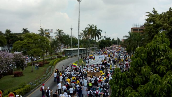 Hundreds of Thousands Join National Strike in Colombia in Rebuke to Right-Wing President Iván Duque