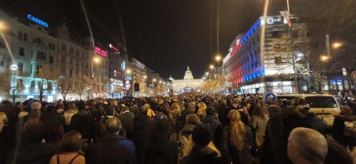 La République tchèque et la Slovaquie célèbrent les 30 ans de la fin de la dictature