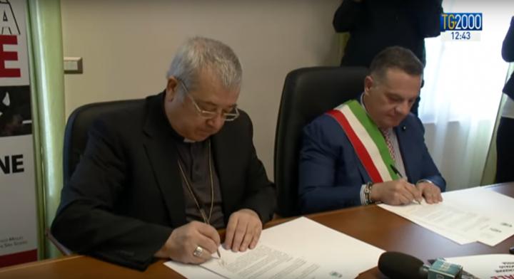 San Severo: Papa Francesco ringrazia pubblicamente per il protocollo d'intesa che assicura la residenza ai migranti