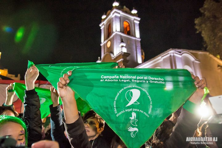 Argentina, legalizzazione dell'aborto: una vittoria storica dopo decenni di lotta