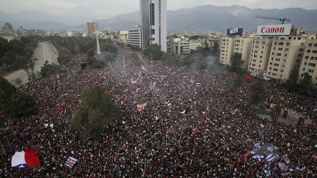 People's protests pass more than a month in Chile