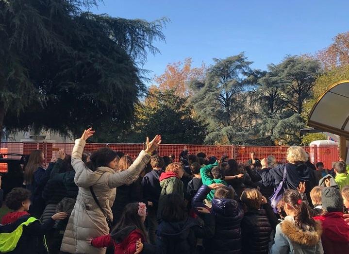 Milano, il Parco Bassini salvato da una donna