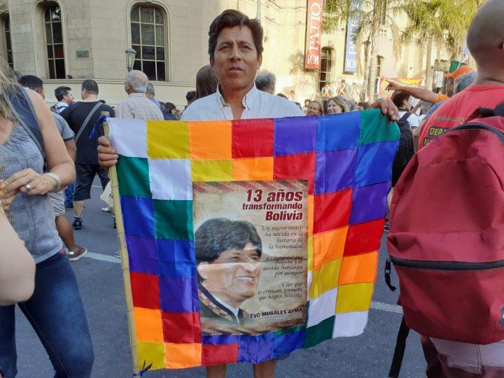 manifestación repudio golpe Bolivia en Cba 045