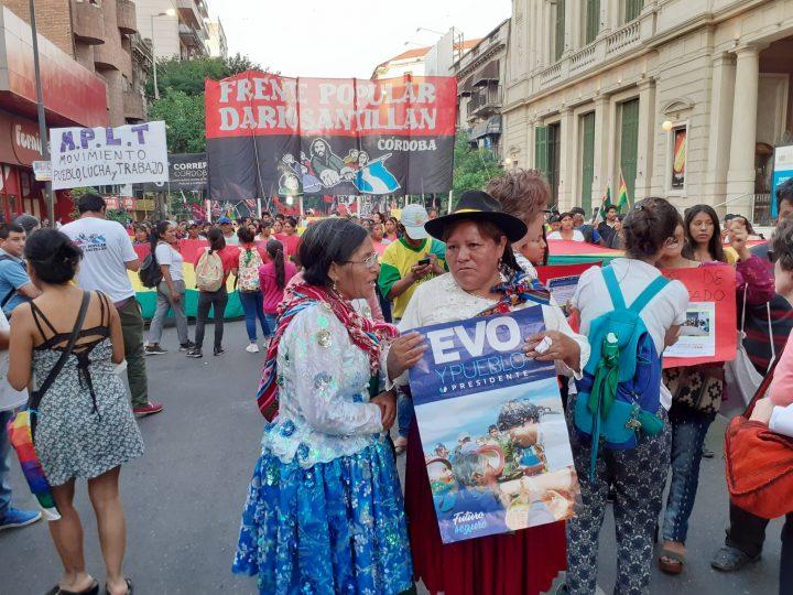 manifestación repudio golpe Bolivia en Cba 048