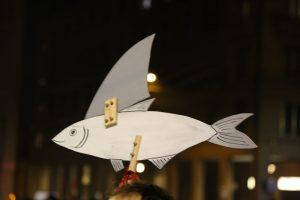E ora le sardine traslocano a Modena: lunedì flash mob contro la Lega