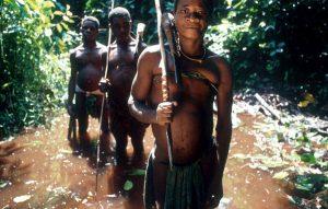 Tra i pigmei del Bacino del Congo, minacciati dalla deforestazione