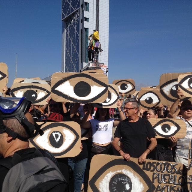 Chile. El ojo popular denuncia las violaciones de los derechos humanos y organiza el porvenir