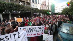 Los argelinos votan hastiados en las primeras elecciones sin Bouteflika en las que todo tiene que ver con Bouteflika