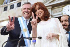 """Fernández é empossado presidente da Argentina: """"Temos que superar os muros da fome"""""""
