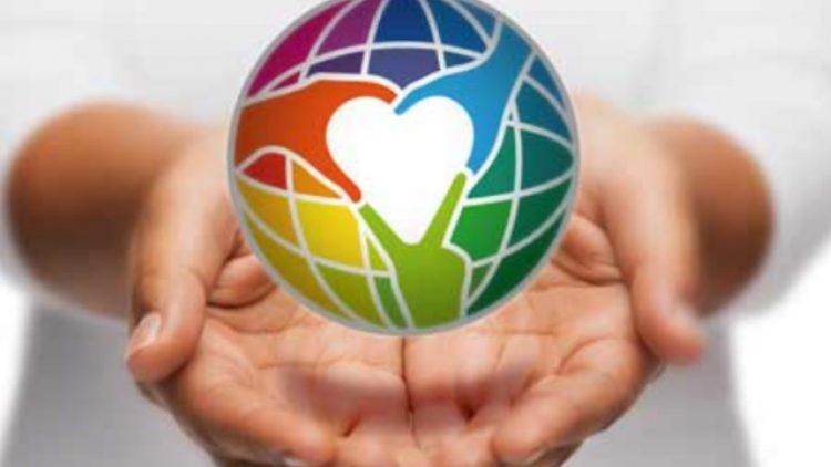 Im Interview erzählen Dennis Hack und Hardy Groeneveld von Human Connection über die Entstehung und Hintergründe des soeben erfolgreich gestarteten gemeinnützigen sozialen Wissens- und Aktionsnetzwerks Human Connection, kurz HC.
