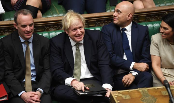Parlamento britânico aprova acordo de Johnson para o Brexit