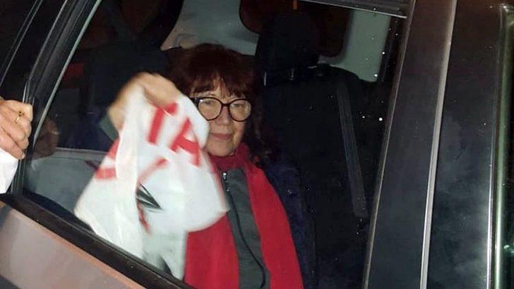 Nicoletta Dosio durante i momenti dell'arresto