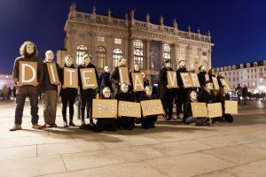 Flash mob di Extinction Rebellion (XR) a Torino
