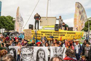 Extinction Rebellion y Minga Indígena se manifiestan frente a COP25