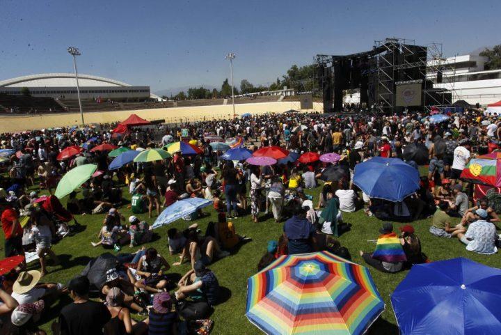 """Cile: concerto """"Para que nunca más"""" (Perché non succeda mai più)"""