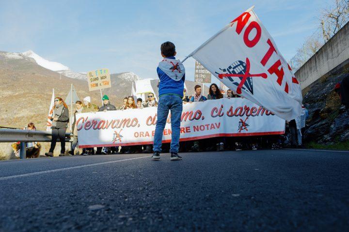 Ιταλία: Χιλιάδες διαμαρτύρονται για τις διώξεις ακτιβιστών του κινήματος NO TAV