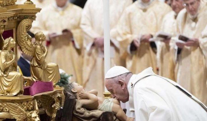 """Al via le celebrazioni del Natale, il Papa: """"Diventare dono per cambiare il mondo"""""""