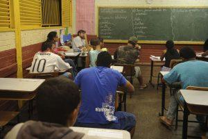 Estudantes querem psicólogo na escola