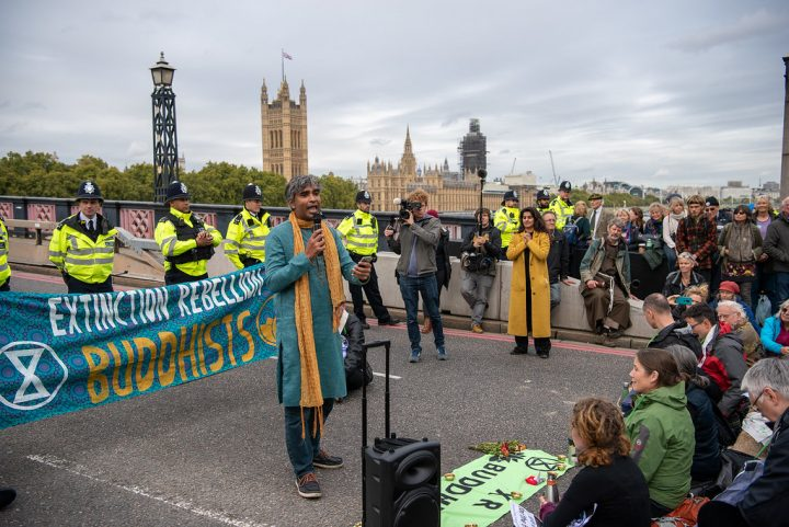 Extinction Rebellion blocking Lambeth Bridge, London, 07.10.2019