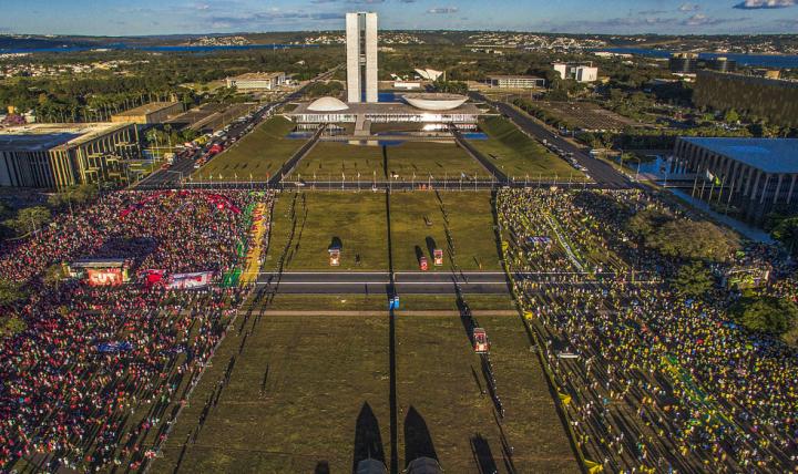 'Democracia em vertigem' é indicado ao Oscar de melhor documentário