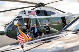 Il falso amore di Trump per le forze armate