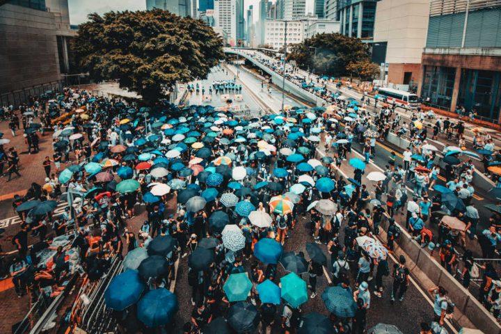 Il Governo italiano sosterrà il dialogo tra Cina e Hong Kong