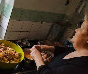 Economia sexista aprofunda a desigualdade mundial, diz pesquisa da Oxfam