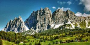 """Olimpiadi 2026, la denuncia dei Verdi: """"Solo cemento sulle Dolomiti, pronto esposto all'Unesco"""""""