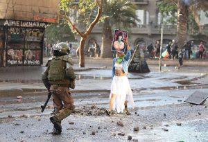 Santiago del Cile: una fotografia della città all'inizio di una nuova decade