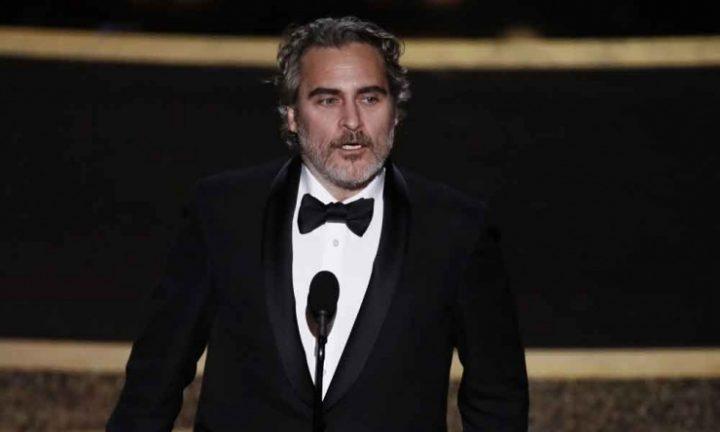 Le discours de Joaquin Phoenix alors qu'il recevait l'Oscar du meilleur acteur