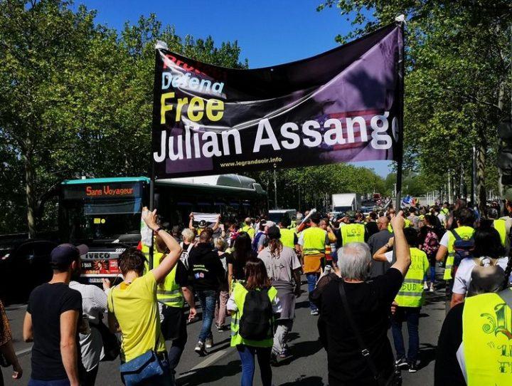15Soutien-Assange-mouvement-mondial