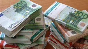 Finlandia capacita a ciudadanos para frenar su endeudamiento