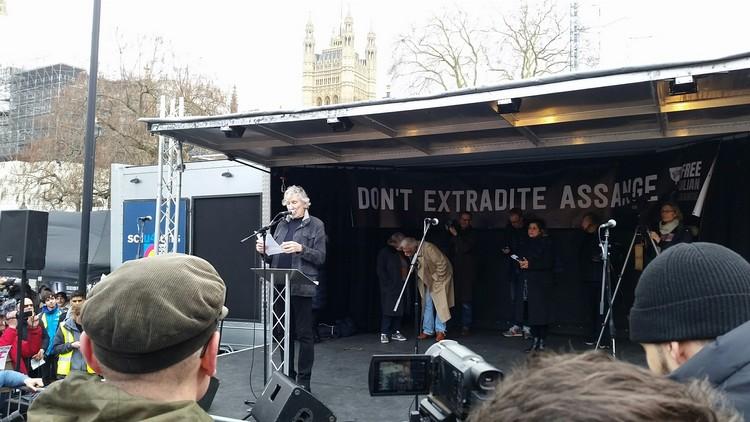 Discours de Roger Waters sur Julian Assange à Londres