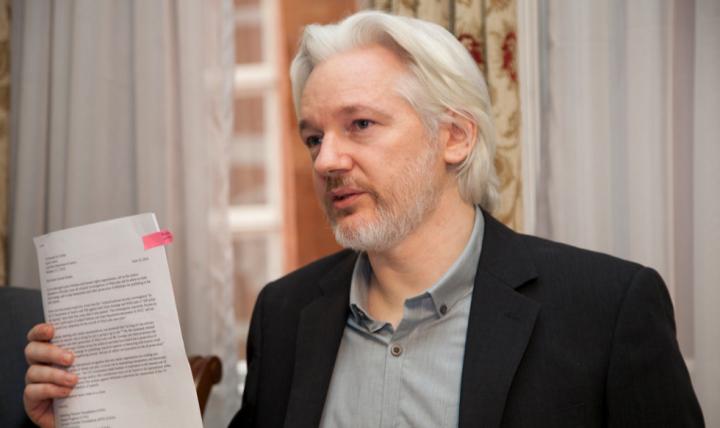 Trump ofereceu perdão a Assange se Wikileaks negasse ação russa em vazamento de e-mails, diz advogado