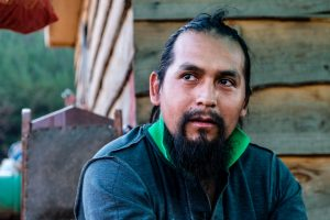 """L'Hombre del Rìo Malleco: """"Da qui porto avanti la lotta Mapuche"""""""
