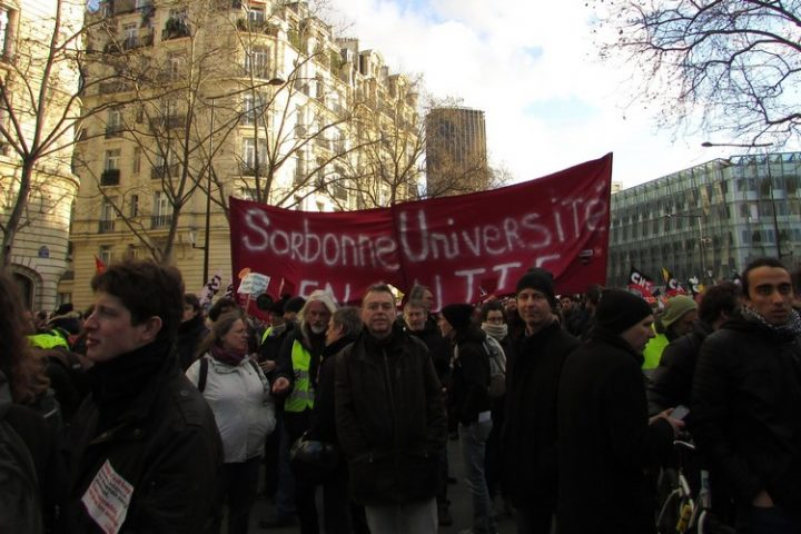 France. Researchers stand against the commodification of knowledge