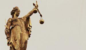 Perchè l'ex ministro dell'Interno deve essere processato e condannato